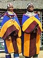 Mapoch.- Femmes Ndebele in Cultural Village (1).jpg