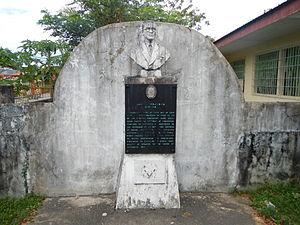 Pangasinan - Daniel B. Maramba Monument and 1970 NHI Marker