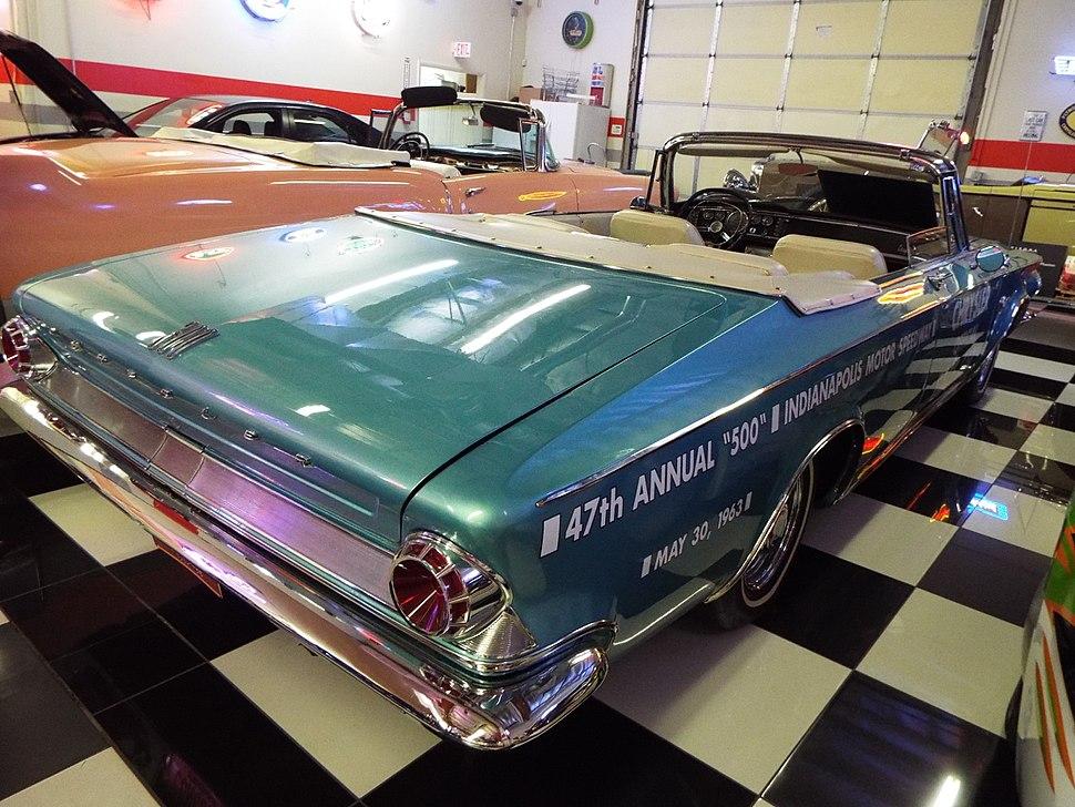 Martin Auto Museum-1963 Chrysler 300-Pace Setter-2