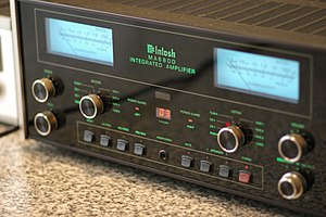 McIntosh Laboratory - McIntosh MA6800 integrated amplifier.