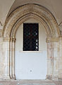 Medieval gate in Terni Cathedral.jpg