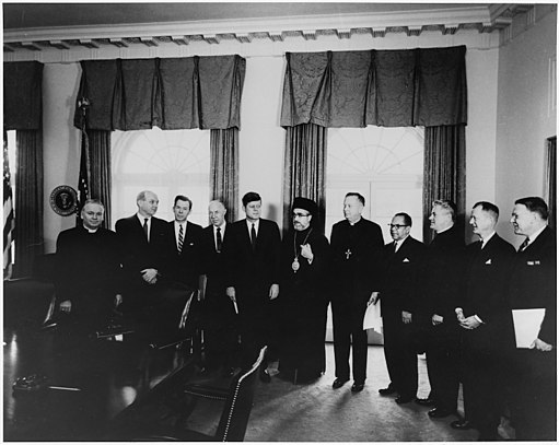 Meeting with World Council of Churches Delegation. Bp. G. Brook Mosely, Sec. State Dean Rusk, , Dr. Kenneth L.... - NARA - 194177