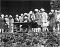"""Men in colonial period dress performing in the """"Pageant of Democracy,"""" Woodland Park, Seattle, July 5, 1920 (MOHAI 5678).jpg"""