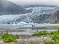 Mendenhall Glacier Visitors 04.jpg