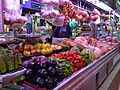 Mercat del Cabanyal, verdures i fruites.JPG