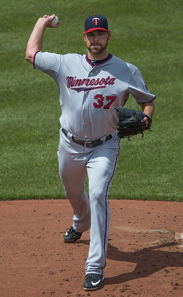 File:Mike Pelfrey on August 23, 2015.jpg