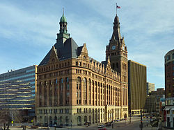 Milwaukee City Hall 2010.jpg