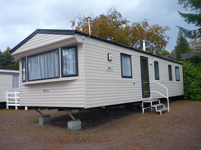 File mobile home jpg wikimedia commons - Casas prefabricadas con ruedas ...