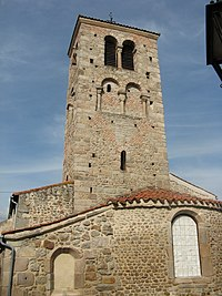 Moingt, église, clocher, abside.jpg