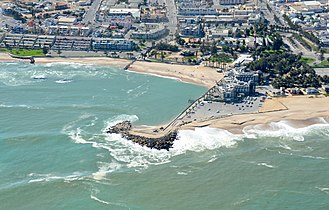 Mole (architecture) - Aerial view of Mole Swakopmund (Namibia) (2017)