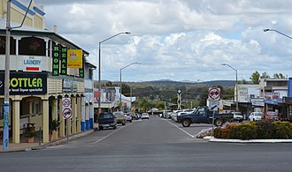 Monto, Queensland - Looking down Newtown Street to the Burnett Highway, 2017