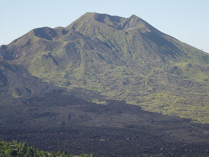 Berkas:Mount Batur.JPG