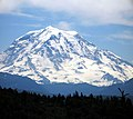 Mt. Rainier Clouds - panoramio.jpg