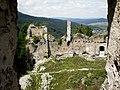Nádvorie Považského hradu - panoramio.jpg