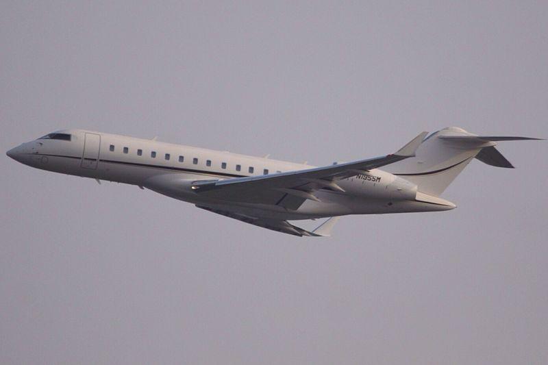 File:N1955M Bombardier Global Express (12236015263).jpg ...