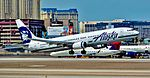 N486AS Alaska Airlines 2015 Boeing 737-990(ER) - cn 44107 - 5578 (33516726361).jpg