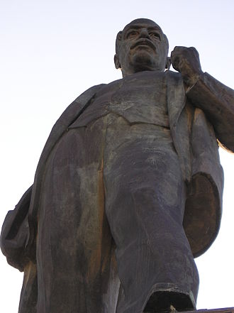 Nariman Narimanov - The monument to Nariman Narimanov in Baku.