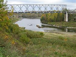 Narva river bridge.jpg