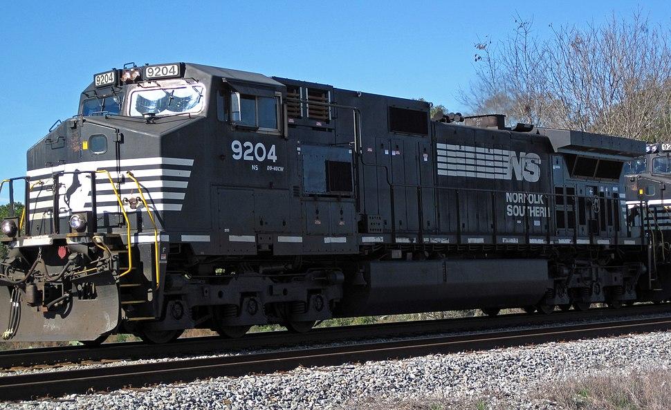Norfolk Southern Railway - 9204 diesel locomotive (CW40-9) (north of Inaha, Georgia, USA) 1 (22813045600)