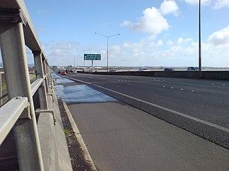 Northwestern Motorway - Image: Northwestern Motorway West Avondale