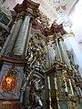 Ołtarz główny kościoła w Lubomierzu.jpg