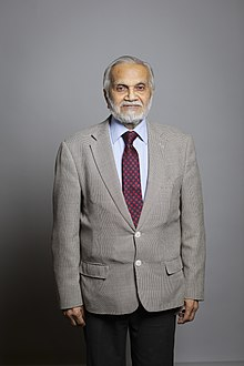 Official portrait of Lord Parekh.jpg
