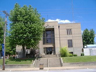 Ohio County, Kentucky - Image: Ohio County Courthouse Kentucky