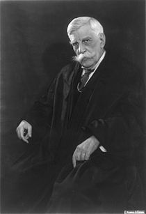Oliver Wendell Holmes Jr circa 1930.jpg