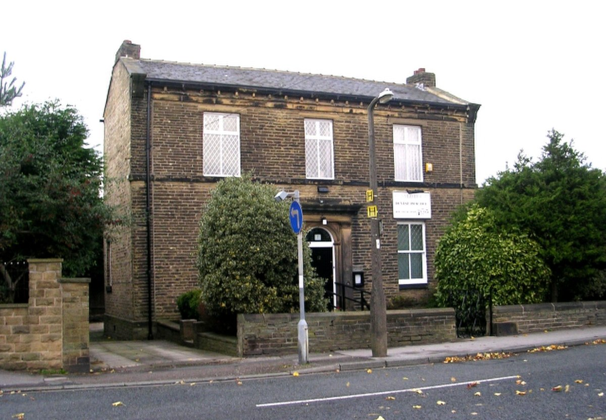 Oswald House Dental Practice - Wibsey Bank - geograph.org.uk - 1020976.jpg