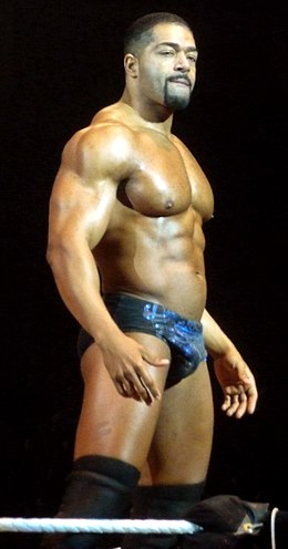 Otunga in London.jpg