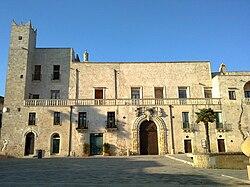 Palazzo Risolo Specchia.jpg