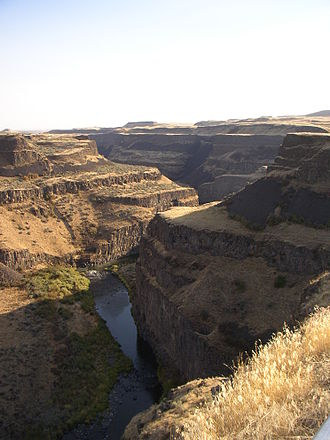 Columbia River Basalt Group - In the Palouse River Canyon just downstream of Palouse Falls, the Sentinel Bluffs flows of the Grand Ronde Formation can be seen on the bottom, covered by the Ginkgo Flow of the Wanapum Basalt.