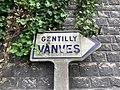 Panneau Michelin Direction Gentilly Vanves Rue Convention Kremlin Bicêtre 1.jpg