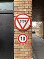 Panneau Stop Square Georges Guyon - Maisons-Alfort (FR94) - 2021-03-22 - 2.jpg