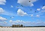 Parachutes over CASTRES - panoramio.jpg