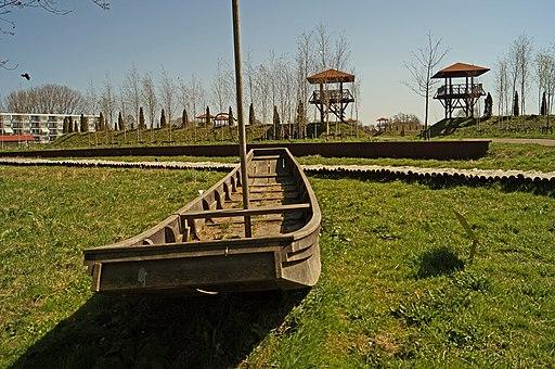 Park Matilo Reconstructie platbodem Kanaal van Corbulo fotoCThunnissen