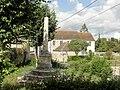 Parnes (60), croix dite de Gabriel Crochet (socle du XVIe siècle), rue Arthur-Lefrançois 2.jpg
