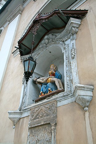 Ljubljana Cathedral - Image: Pietà in the southern wall of Ljubljana Cathedral
