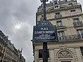 Place Elisabeth Dmitrieff Paris.jpg