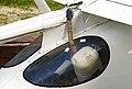 Plane parachute Sigma-4 (4936761707).jpg