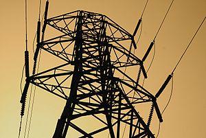 English: Power lines at Big Creek, CA - Southe...