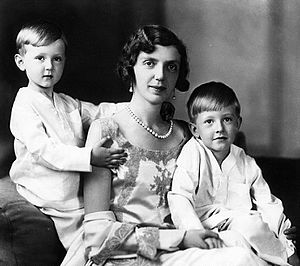 Princess Mafalda of Savoy - Princess Mafalda with sons Moritz and Heinrich in the 1930s