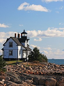 Prospect Harbor Light Station - US-ME.jpg