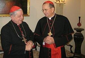 Henryk Muszyński - Primate Henryk Muszyński (right) and Józef Glemp (left)