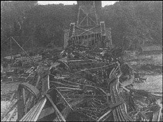 Quebec Bridge - Wreckage of the 1907 collapse
