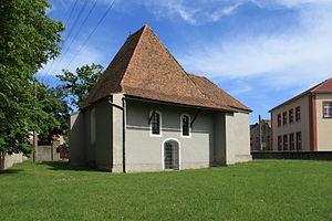 Radibor - Image: Radibor Dorfplatz Alte Pfarrkirche 02 ies