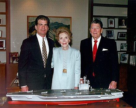 The Reagans with a model of USS Ronald Reagan, May 1996. At left is Newport News Shipbuilding Chairman and CEO Bill Fricks Reagans with USS Ronald Reagan model 1996.jpg