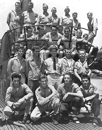 Richard O'Kane - O'Kane with airmen rescued off Truk Island in May 1944