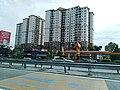 Restoran dan Kondominium sepanjang Lebuhraya A1.jpg