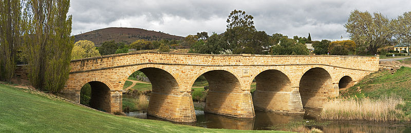 File:Richmond Bridge Panorama.jpg